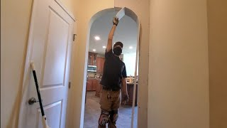 Bending drywall for an arch