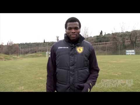 I segreti del calcio: Isaac Cofie ed il cross - ChievoAcademy 2012/13