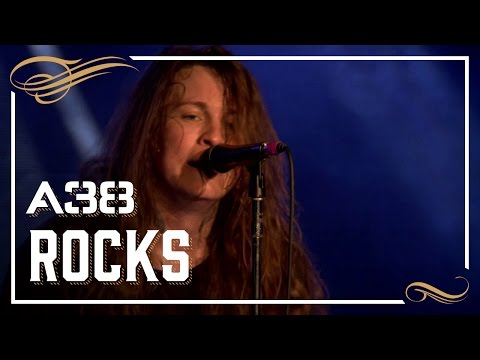 Against Me! - Pints of guiness make you strong // Live 2015 // A38 Rocks