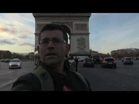 arc de triomphe-paris-caveman movies