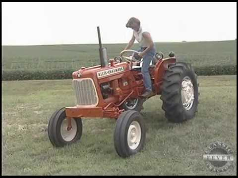 Family Collection Of Allis Chalmers D Series Tractors - Allis Chalmers D12 Tractor
