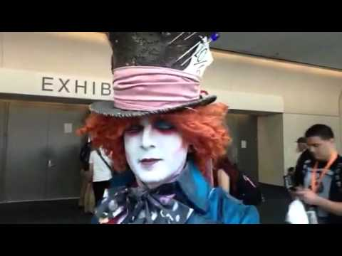 Amazing Alice And Wonderland Cosplay At Comic Con #SDCC Vlog