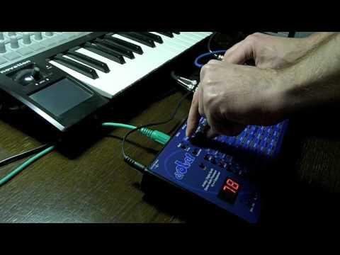 DSI Evolver + Jomox MBase 01