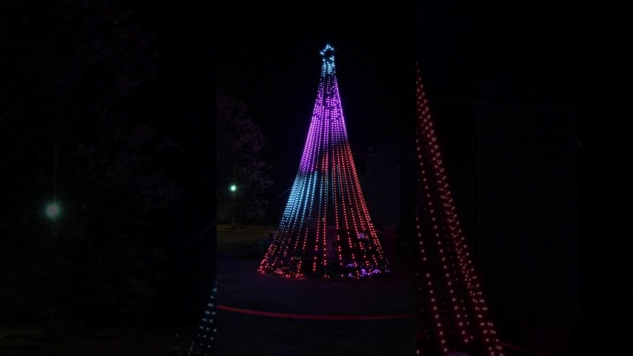 Synchronized Christmas Tree Light Show