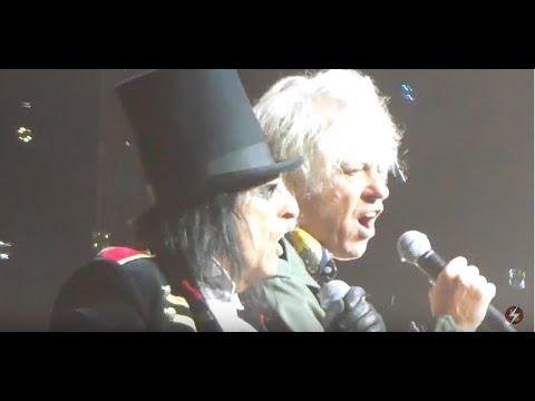 "Alice Cooper with Bob Geldof - ""School's Out"""