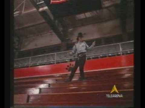 DREAM A LITTLE DREAM - Teen Movie 1989 - (The best scene!)