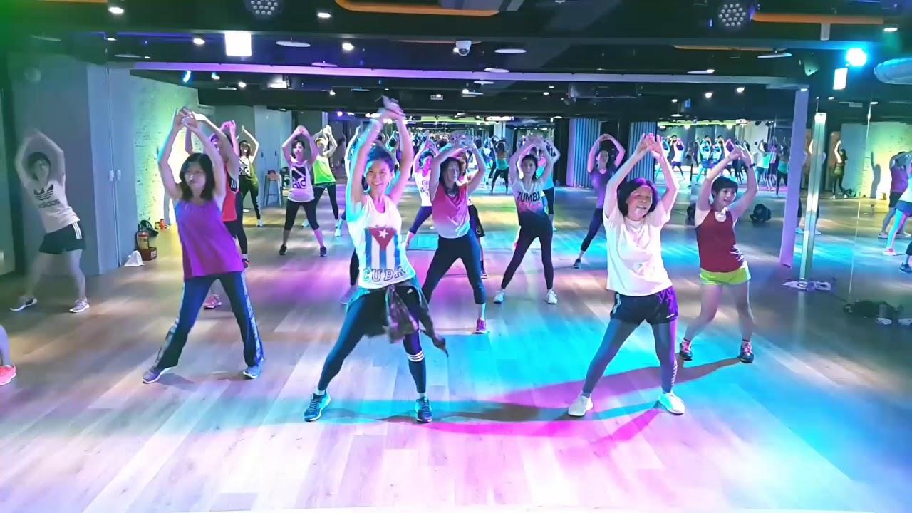Robarte un beso - Zumba® Fitness / Taipei Taiwan by Tien Tien / in WAO Taiwan