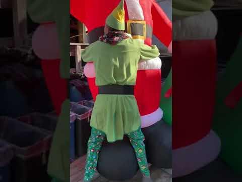 Steve Powers - Buddy The Elf visits the World Famous Flora-Bama!