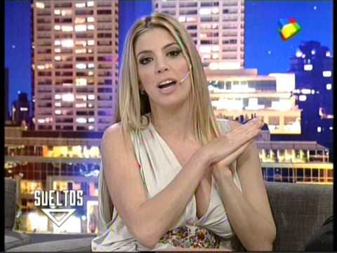 virginia gallardo escote animales sueltos - YouTube