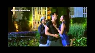 Do You Want Me Right Now Hindi Song from Housefull 2 movie