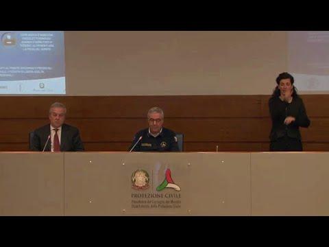 Coronavirus, Borrelli: '2886 contagiati in più ma primo giorno calo pazienti in terapia intensiva'