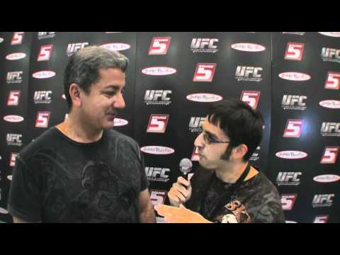 Bruce Buffer on UFC 118, toys & ring announcing