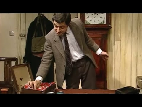 Pack It In! | Funny Clips | Classic Mr Bean