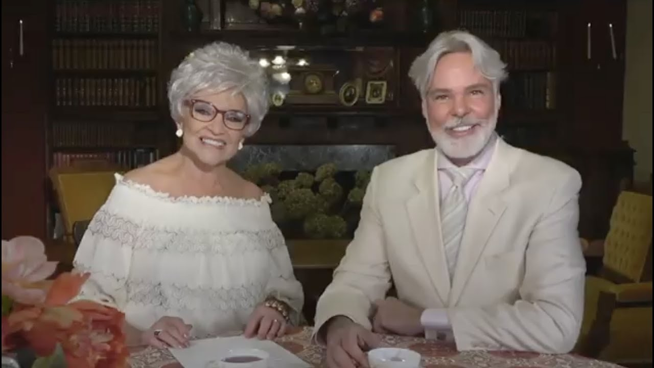 Christopher and His Mother Talk Shapewear LIVE