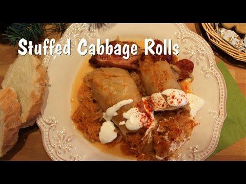 Hungarian Stuffed Cabbage Rolls (Töltött káposzta)