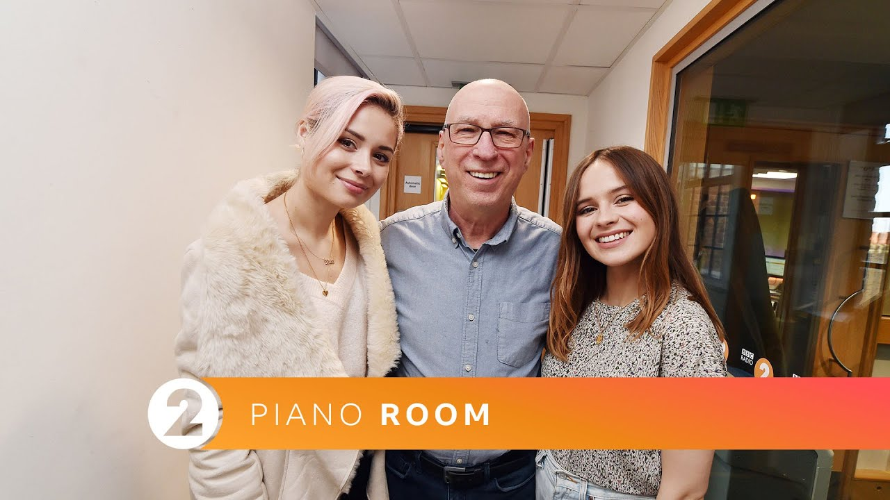 Gabrielle Aplin & Nina Nesbitt - Miss You 2 - Radio 2 Piano Room