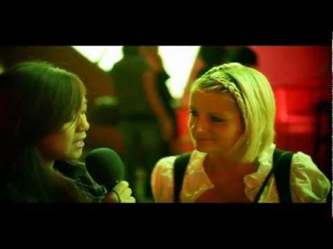 Q Club TV: Juli 2011: Kusstechniken, Körpersprache, Kuschelecken von YouTube · Dauer:  9 Minuten 11 Sekunden