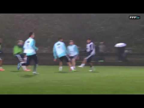 But de Griezmann à l'entraînement avec les Bleus