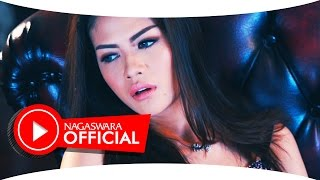 Hesty Klepek Klepek - Cinta Pertama - Official Music Video - NAGASWARA