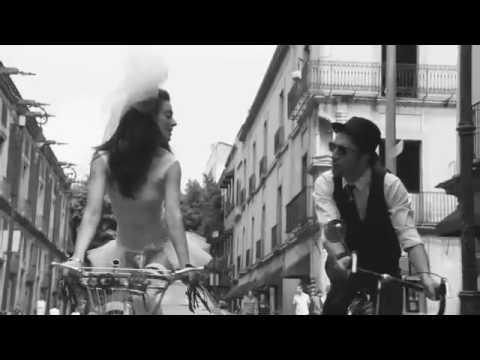 KOKO (video oficial VALIENTE )