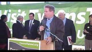 Representative Tom Davis speaks at the Tysons Tunnel Rally