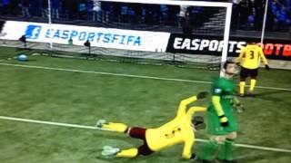 FIFA 13: Thomas Vermaelen Gets Closed Lined by Lukasz Fabianski