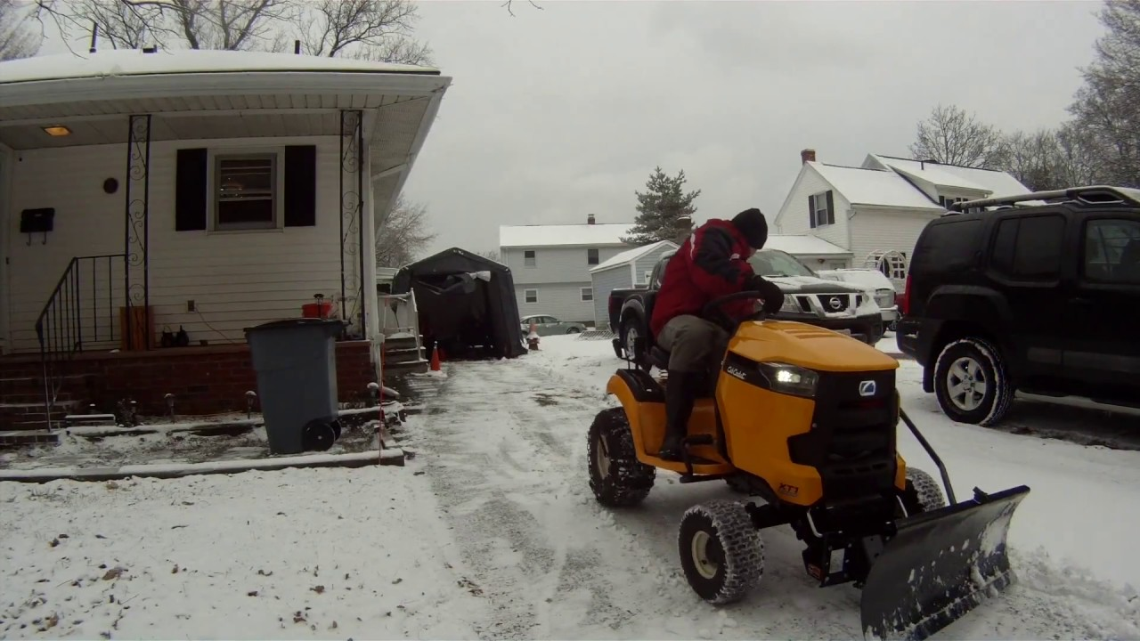 Cub Cadet XT1 snow day