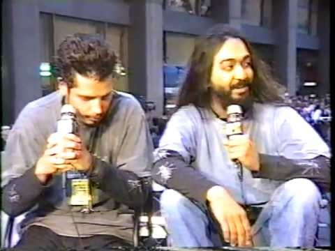 Soundgarden - 1994 Mtv VMA Award Pre-Show Interview + Award For Best Hard Rock / Metal Video