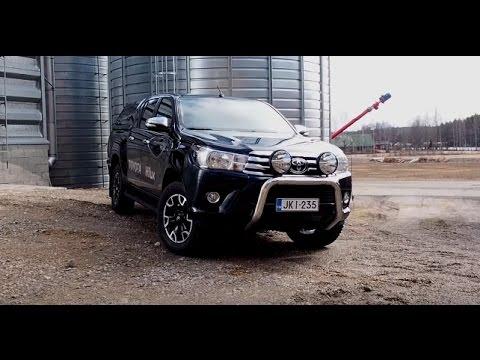 Toyota Hilux Double Cab Active 2016 - koeajo (test drive)