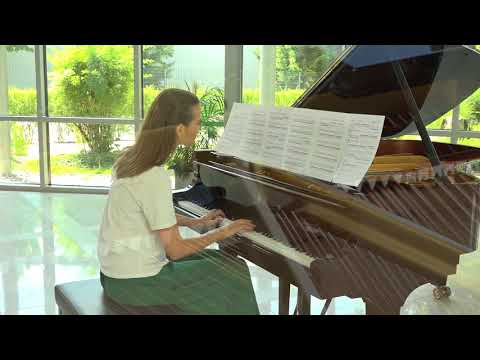 Anna Sutyagina plays World of Life by Anthony Sylvestre