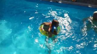 Děti v bazénu 3.6.2017