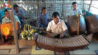 Pin Peat during Khmer New Year in Phnom Krom thumbnail