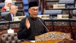 Anwar sworn in as Port Dickson MP