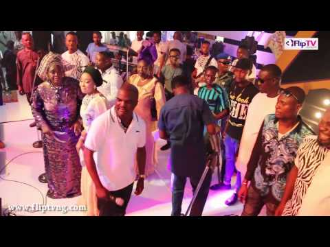 ABASS AKANDE OBESERE SINGS 'TOSIBE, OBTK'  FOR  EBENEZER OBEY @ 75
