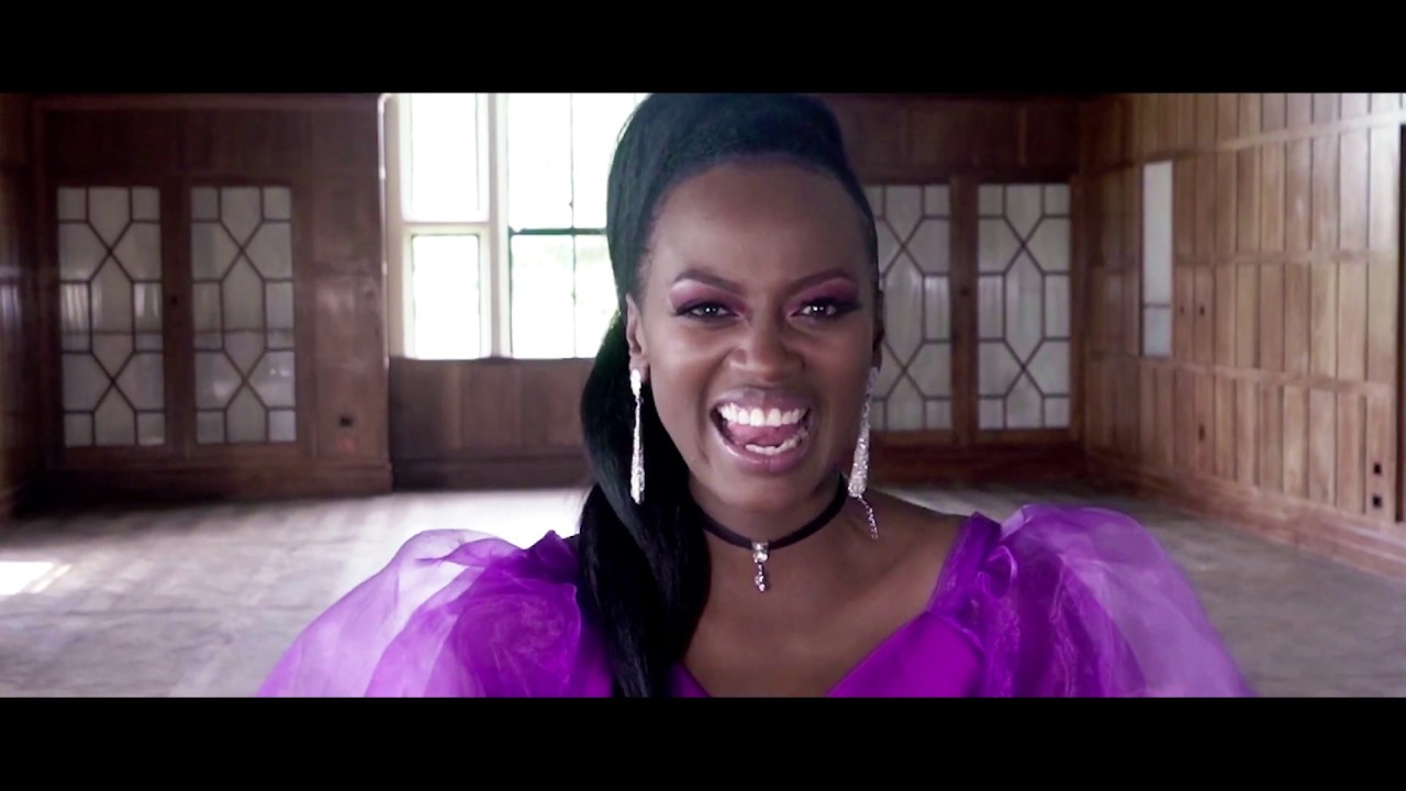 Stella Kareo - Tunakuabudu (Official Video)