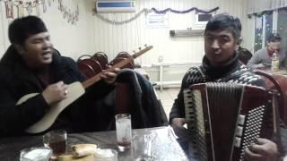 Музыканты в кафе
