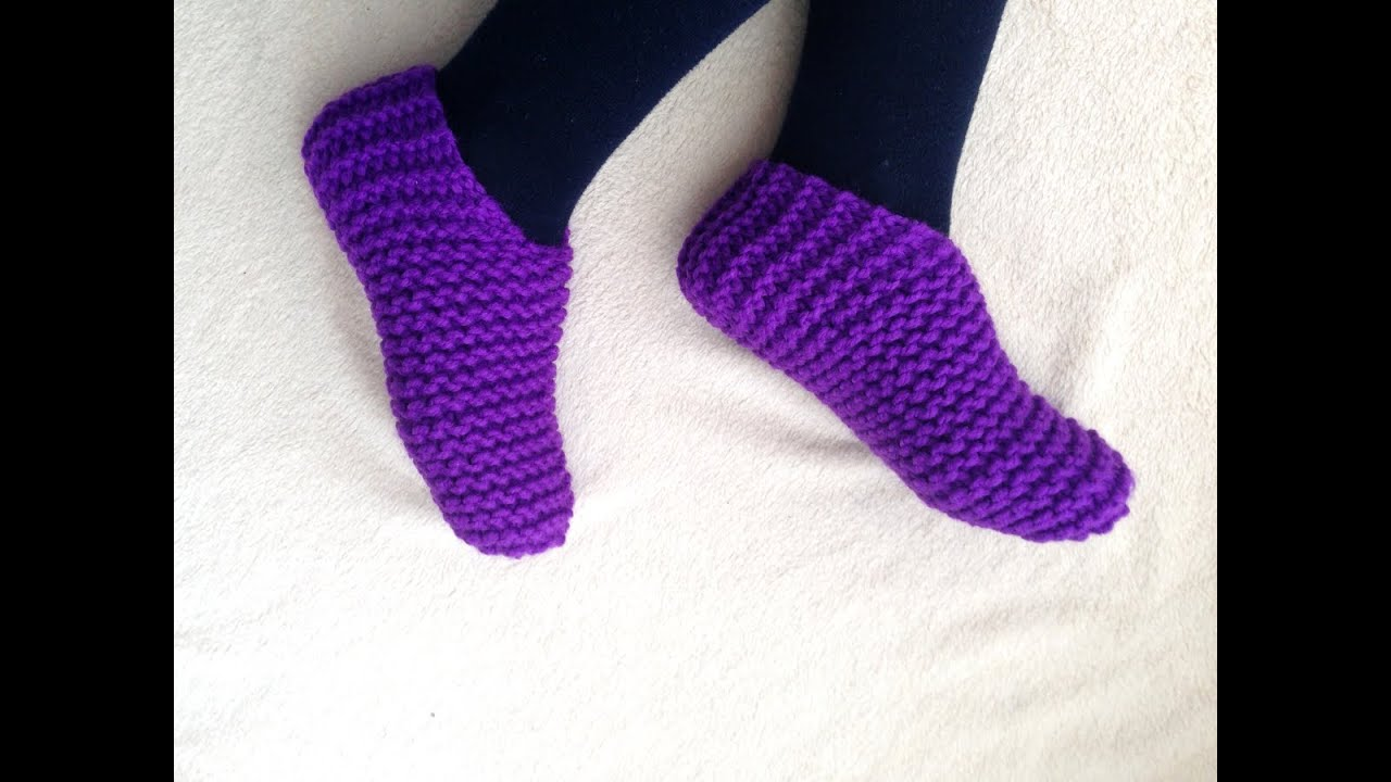 Tutorial on How to Loom Knit Toe-Up Slippers