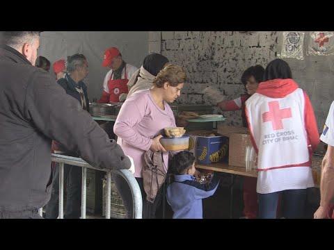 فرانس 24:Bosnians help out as migrants pour in