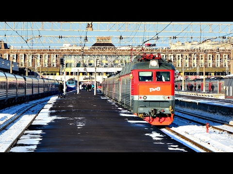 ЧС7-196 с поездом №379 Москва-Камышин