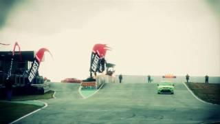 Gambar cover WWW.ITER.LV -  Ford Focus RS versus JetPack Man