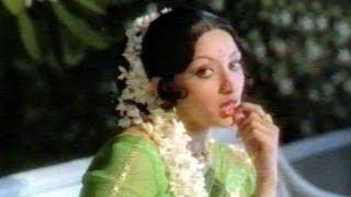 Malle Puvvu Songs - Chinna Maata Oka Chinna - Shobhan Babu, Laxmi,Jayasudha - HD