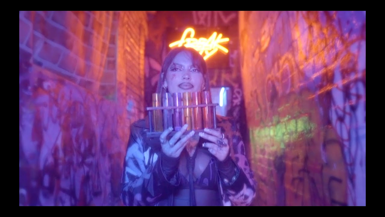 Maxine Ashley - Caught up