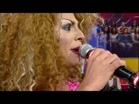 No Canjica Show, Edilene Água Suja conquista jurados com versão da música Trem Bala