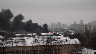 пожар на варшавке 23.02.12.(, 2012-02-24T10:25:15.000Z)