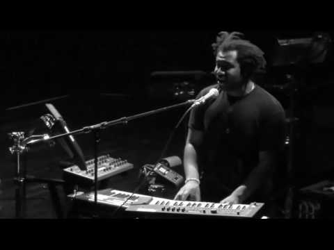 Sampha - Indecision - Live @ The Palace Theater 11-1-16 in HD