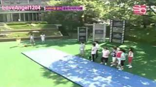 SNSD(Horror Factory)- Football Game