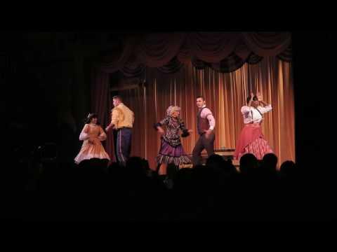 Hoop Dee Doo Revue | Angie In Wonderland | Disney Trip October 2016