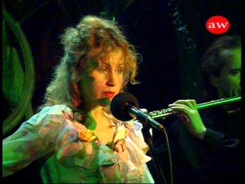Zielono Mam W Głowie śpiewa Małgorzata Górnisiewicz W Piwnicy Pod Baranami