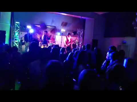 Colombo-Massive-Covers-Band_workingClassMan