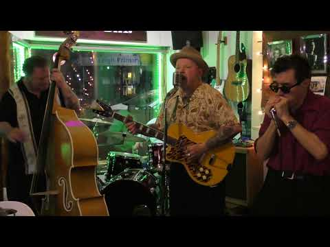BROADKASTERS (Rob Glazebrook) + Steve West Weston THE BLUES AIN'T NOTHING Peggy Sue's Leigh On Sea